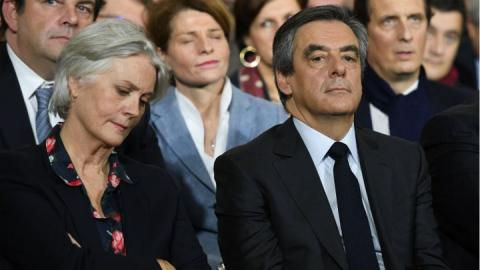 François Fillon,François Fillon's wife,François Fillon's wife Penelope was paid more than €900,000 for work,Investigative weekly Le Canard Enchaîné
