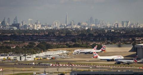 London City Airport shut after World War II bomb found in Thames