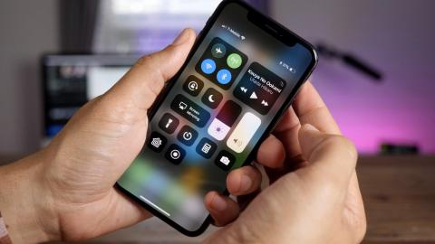 Apple iPhone X's key feature breaks for some after iOS 11.2 update