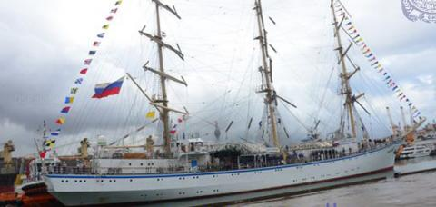 Russian ship departs Colombo harbour, Sri Lanka Navy, Russian sail training ship, Russian Nadezda, Colombo harbour, Colombo, russian