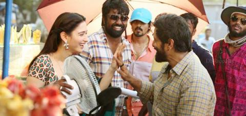 Vikram's Sketch song shoots,, Sketch movie, Sketch songs,Sketch movie song,