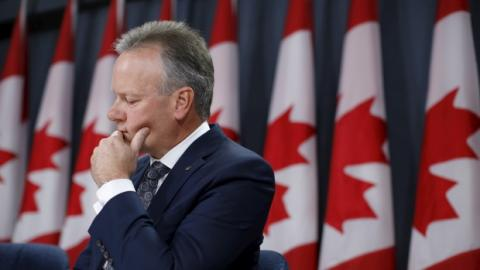 Bank of Canada holds interest rate steady at 0.5%