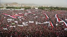 Saudi jets strike Yemen's capital during 100,000 strong rally in support of Houthis