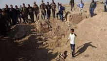 Mass graves holding 400 Islamic State victims found in Iraq