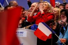 "Le Pen de France dit que l'UE ""va mourir"", les globalistes à être vaincu,France's Le Pen says the EU 'will die', globalists to be defeated"