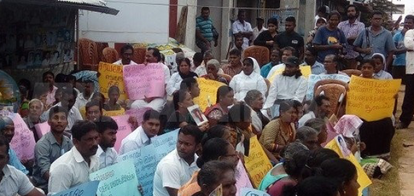 Families of missing in Kilinochchi mark one year of protest